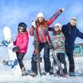 スキーとスノボはどっちがおすすめ?初心者が気になる難しさと魅力をご紹介!